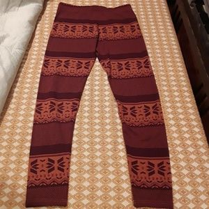 Orange / Burgundy leggings